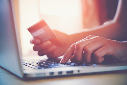 Kreditkarte beantragen Dauer: Mit welcher Zeit Sie rechnen müssen
